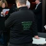 Février 2011 - Rencontre avec les médiateurs de l'Office de la Tranquillité, place Saint Pierre