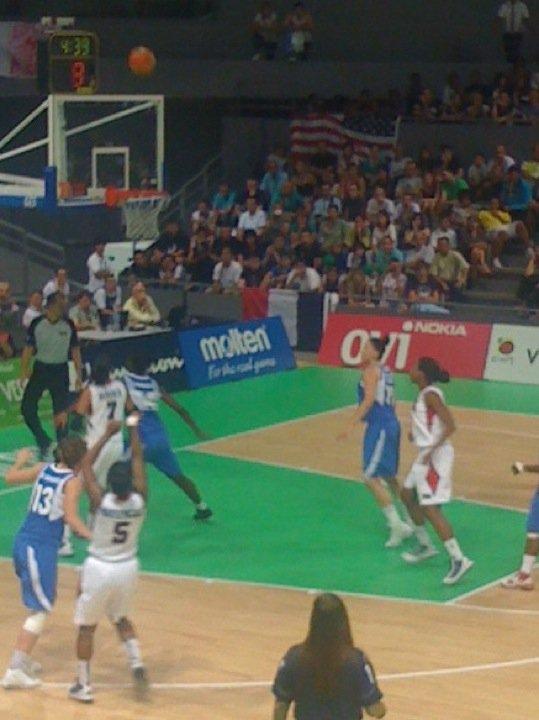 Juillet 2010 - Finale du championnat du monde féminin de Basket des moins de 17 ans qui se tiennent à Toulouse. La France est opposée aux États-Unis