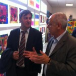 Juin 2012 -  Visite de l'exposition de peinture des enfants du Château de l'Hers avec Alain Fillola