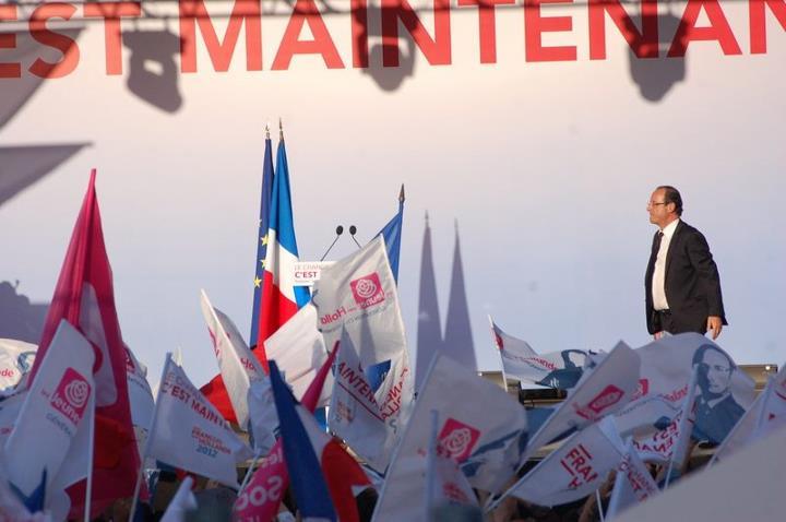 Mai 2012 - Meeting de François Hollande Place du Capitole (2)