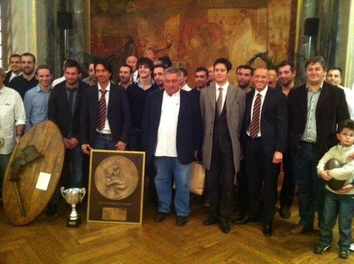 Novembre 2011 -  Réception au Capitole du club de rugby municipal - Capitole XV - qui a remporté la saison dernière le championnat de France Entreprise