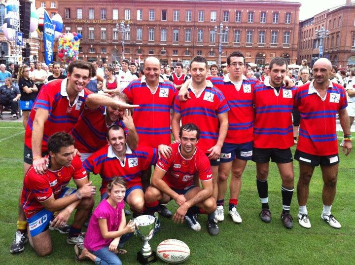 Septembre 2011 -  Le Capitole XV vainqueur du tournoi à 7 du Festoval, aujourd'hui Place du Capitole
